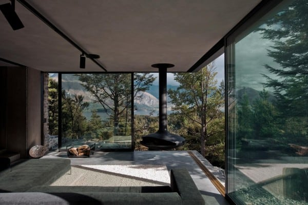 featured posts image for Modern stone and glass mountain retreat in New Zealand