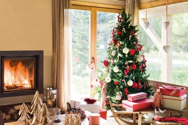 featured posts image for A Nordic style home decorated for Christmas in Spain
