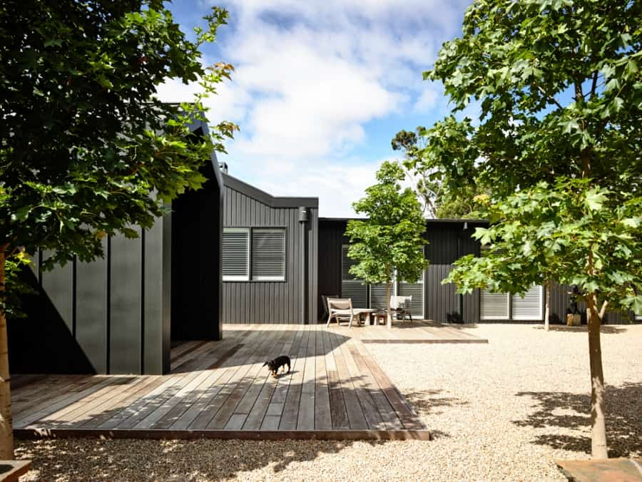 Contemporary Farm House-Canny Architecture-02-1 Kindesign