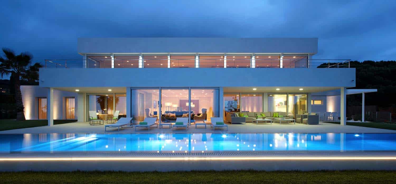 Contemporary Family Home-Molins Interiors-01-1 Kindesign