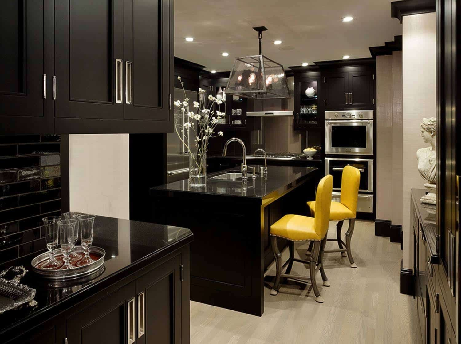 Dramatic Black Kitchen Ideas-03-1 Kindesign