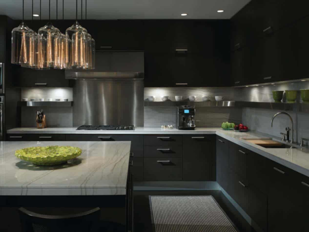 Dramatic Black Kitchen Ideas-05-1 Kindesign