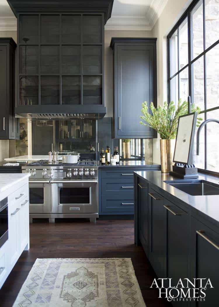 Dramatic Black Kitchen Ideas-15-1 Kindesign