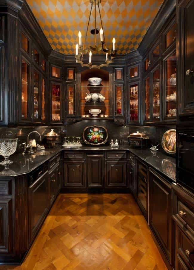 Dramatic Black Kitchen Ideas-26-1 Kindesign