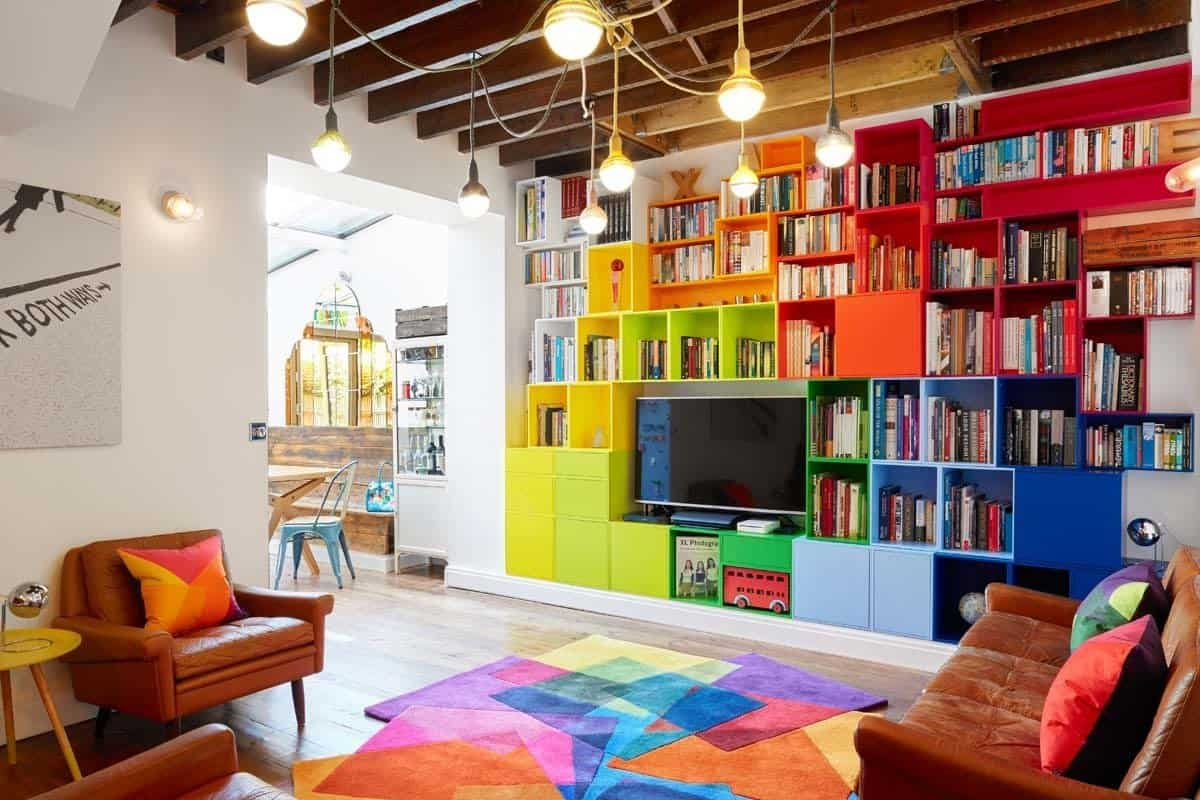 Delightful apartment in London full of color and personality
