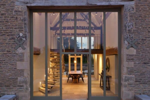 featured posts image for Architecturally striking barn conversion in the Cotswolds