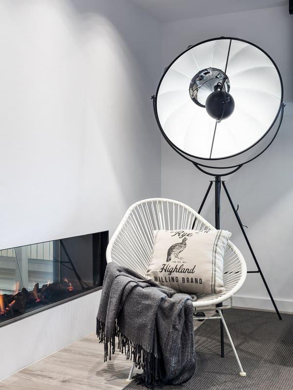 Modern-Minimalist-House-Drom Living-04-1 Kindesign