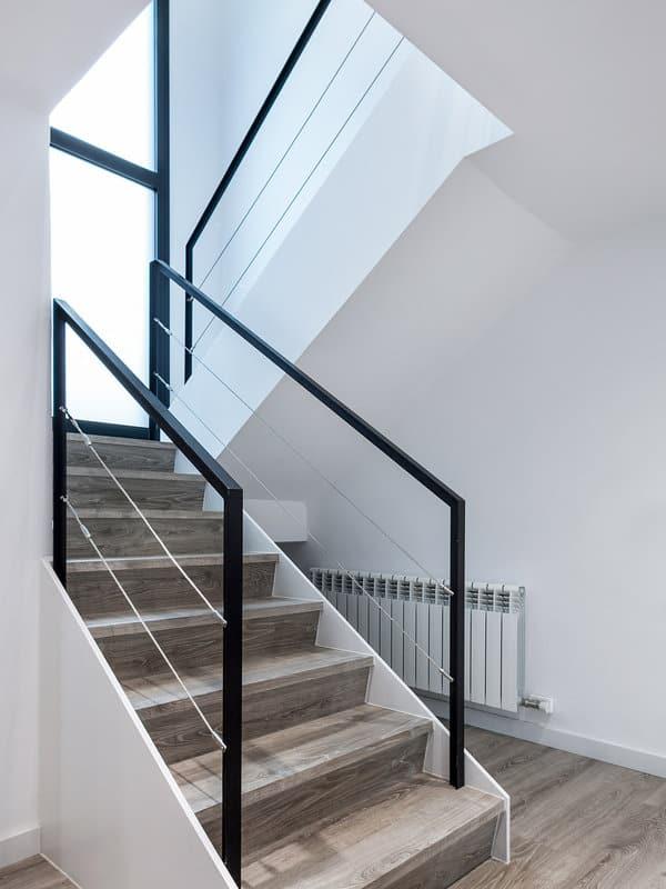 Modern-Minimalist-House-Drom Living-16-1 Kindesign