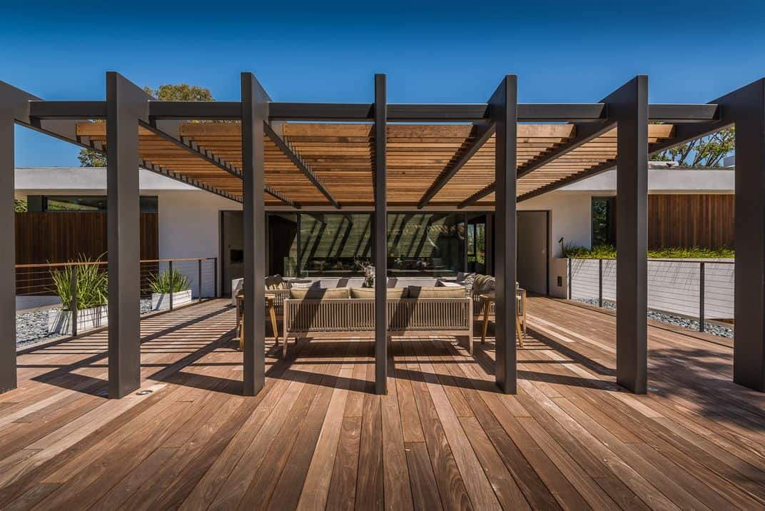 Pacific Palisades Residence-O plus L-32-1 Kindesign