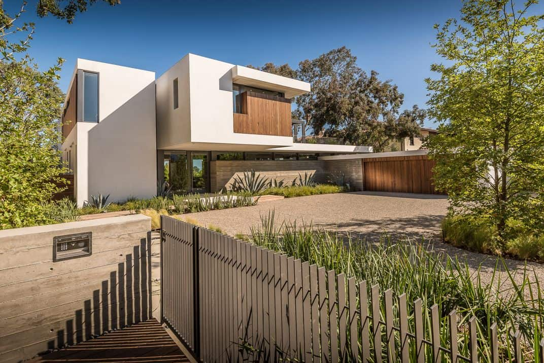 Pacific Palisades Residence-O plus L-33-1 Kindesign