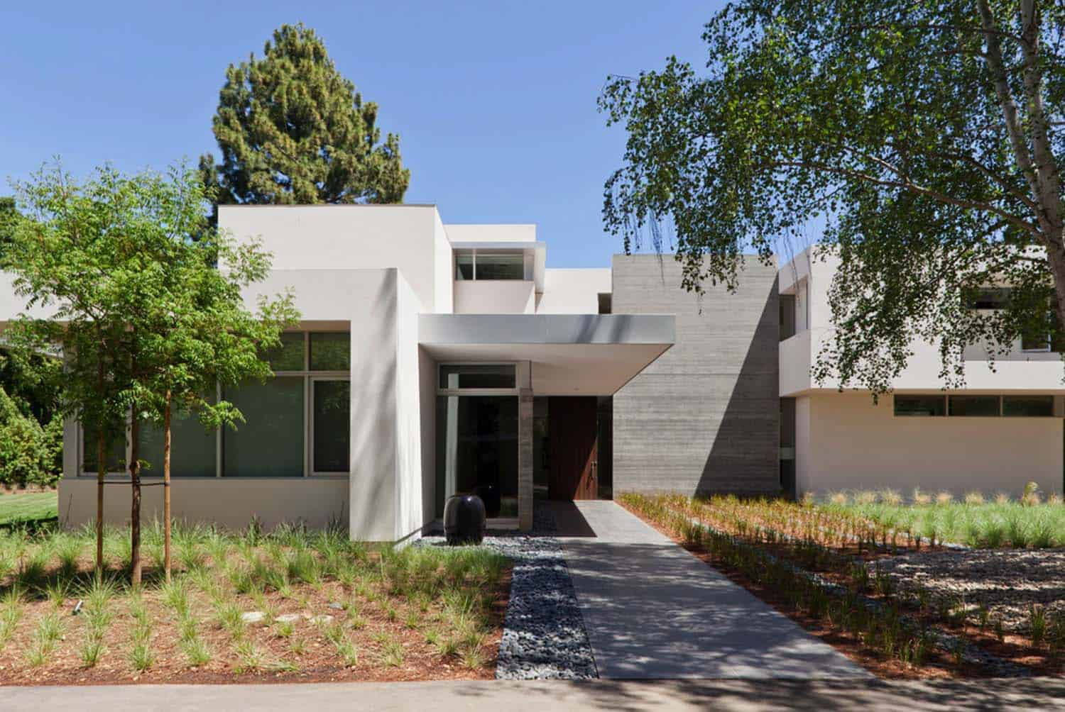 Modern Residence-Swatt Miers Architects-01-1 Kindesign