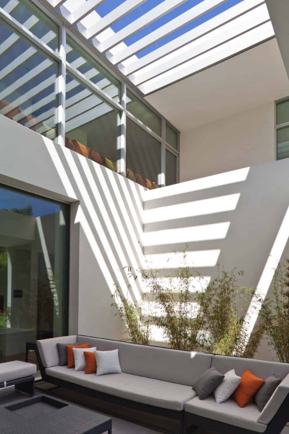 Modern Residence-Swatt Miers Architects-05-1 Kindesign