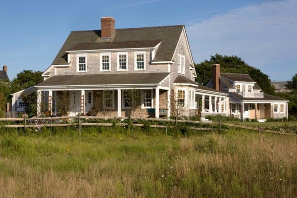 featured posts image for A stunning shingle-style summer retreat in Nantucket