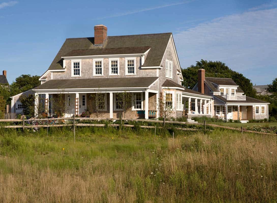 A stunning shingle style summer retreat in nantucket for Nantucket shingles