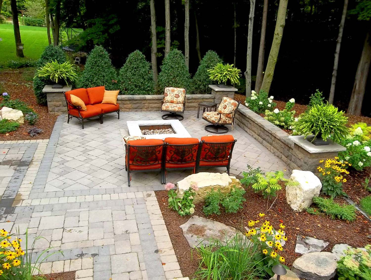 Traditional Outdoor Patio Designs-42-1 Kindesign