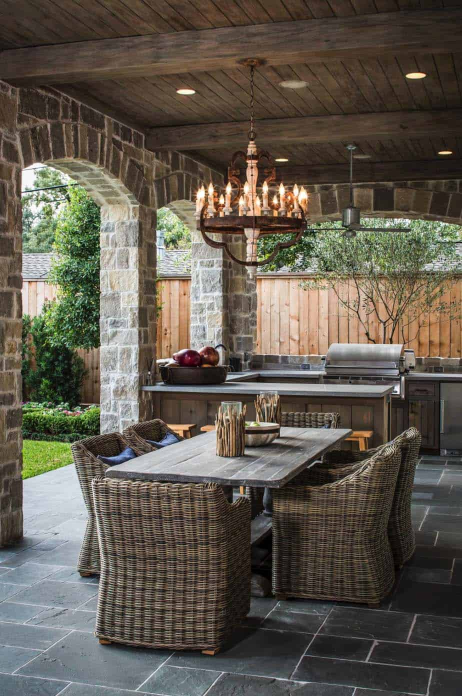 Traditional Outdoor Patio Designs-43-1 Kindesign