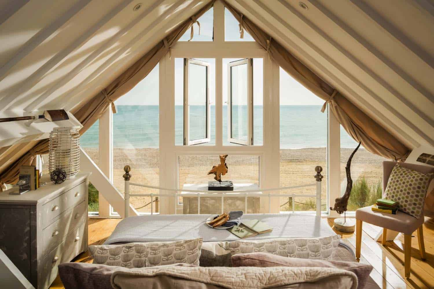 A perfect seaside holiday in East Sussex: Barefoot Beach House