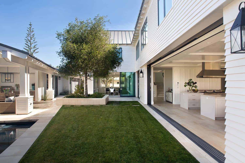 East Coast-Inspired Beach House-Christian Rice Architects-01-1 Kindesign