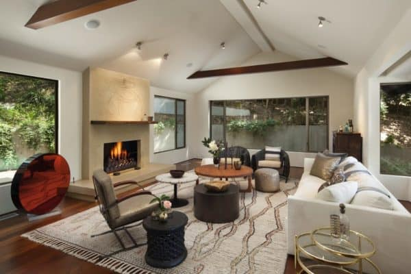 featured posts image for Hillside residence in Los Feliz surrounded by mature trees