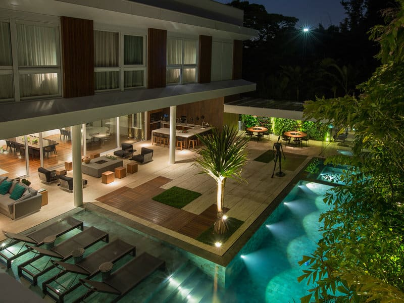 Luxurious Residential House-Ricardo Rossi-01-1 Kindesign