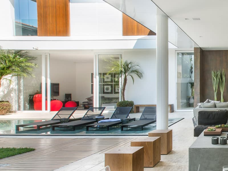 Luxurious Residential House-Ricardo Rossi-11-1 Kindesign