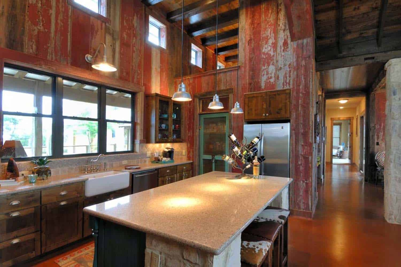 Ranch House-Barn-Burleson Design Group-08-1 Kindesign