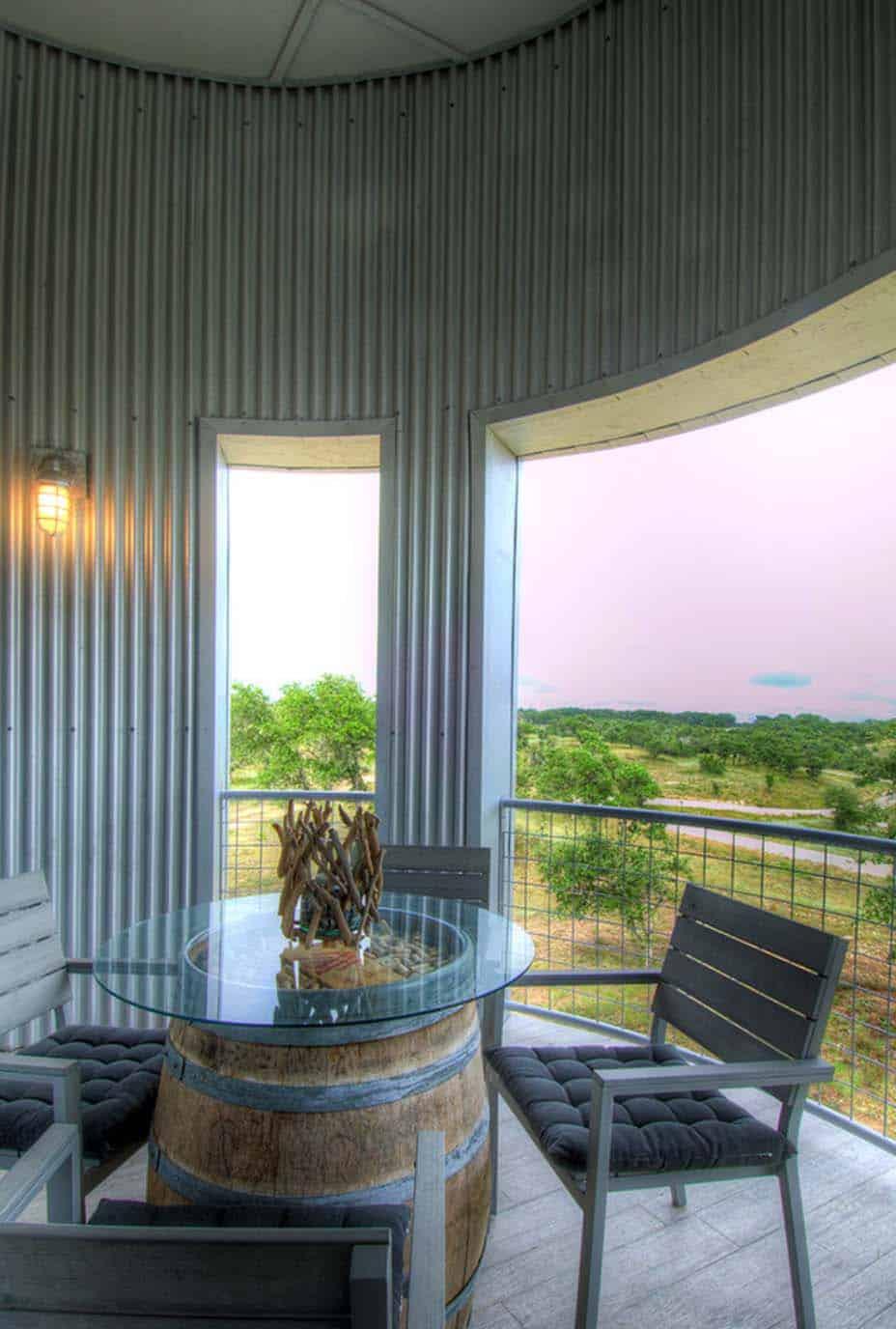 Ranch House-Barn-Burleson Design Group-25-1 Kindesign