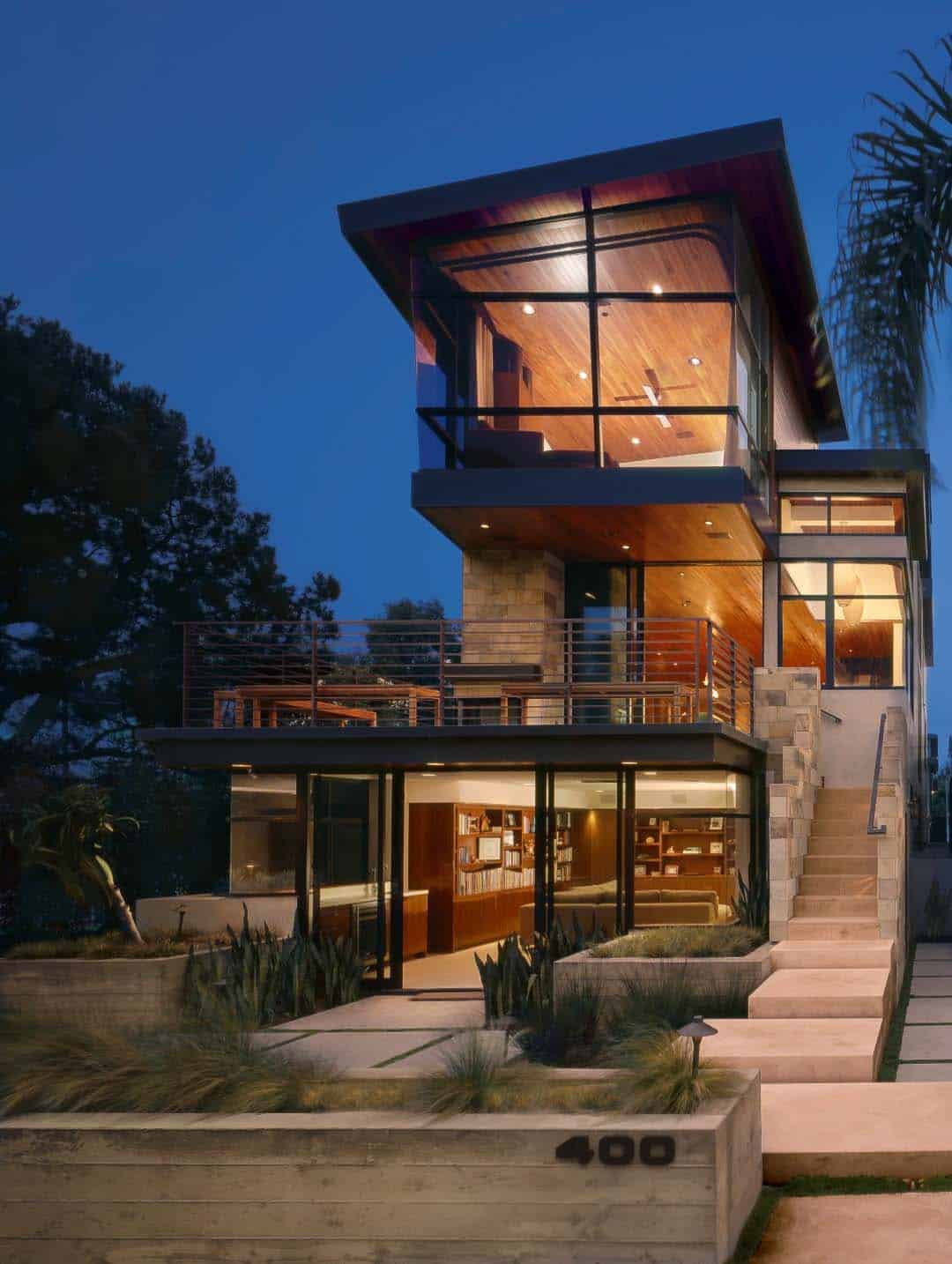 modern tree house built for family living in Manhattan Beach ... - ^