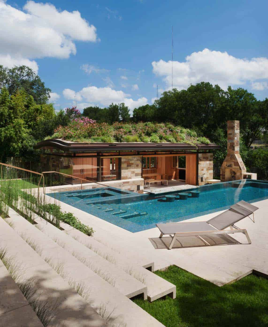 33 Mega-Impressive swim-up pool bars built for entertaining on Backyard Pool Bar Designs id=37005