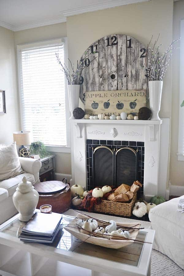 fall-decorating-ideas-fireplace-mantel-22-1-kindesign
