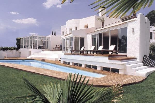 featured posts image for Mediterranean-inspired home in Spain designed for casual living