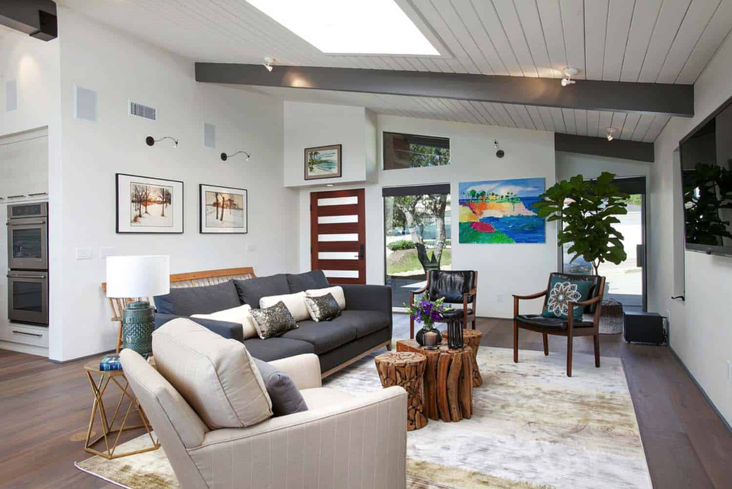 Gorgeous mid-century modern home renovation in San Diego