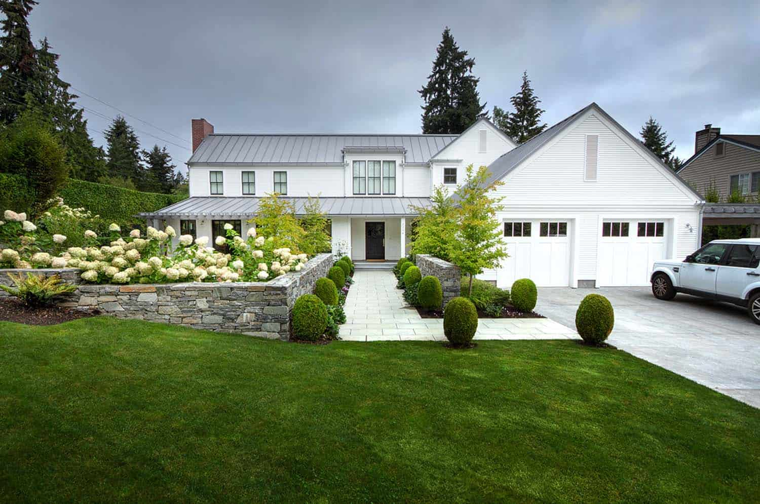 A gorgeous modern farmhouse style home in Washington