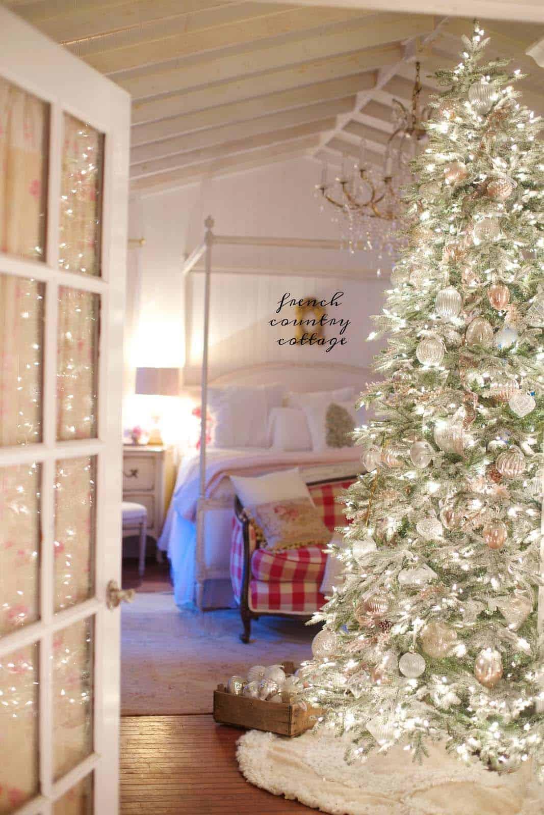 christmas-decor-ideas-rustic-country-07-1-kindesign