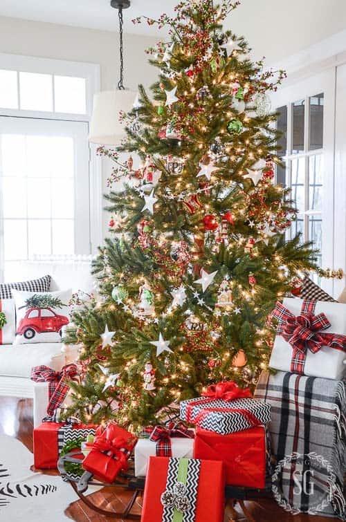 christmas-decor-ideas-rustic-country-12-1-kindesign