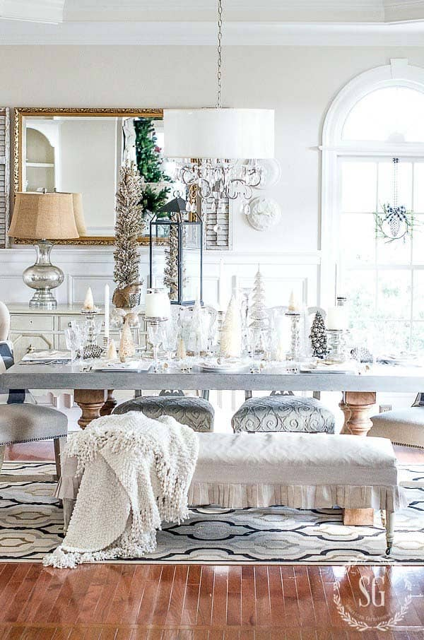 christmas-table-decorations-01-1-kindesign