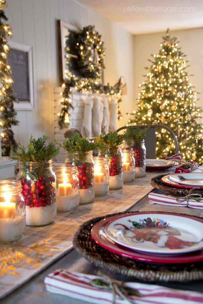 christmas-table-decorations-08-1-kindesign