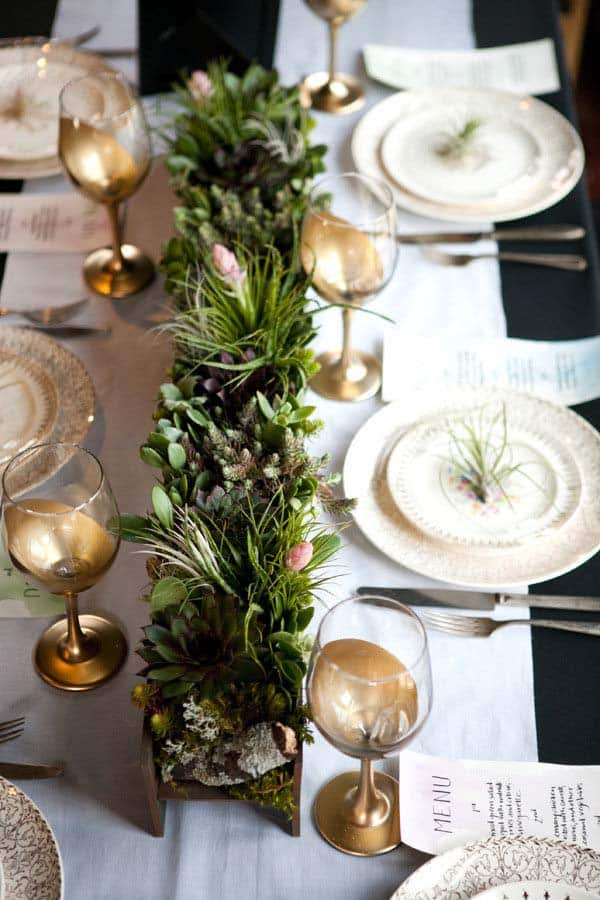 christmas-table-decorations-18-1-kindesign