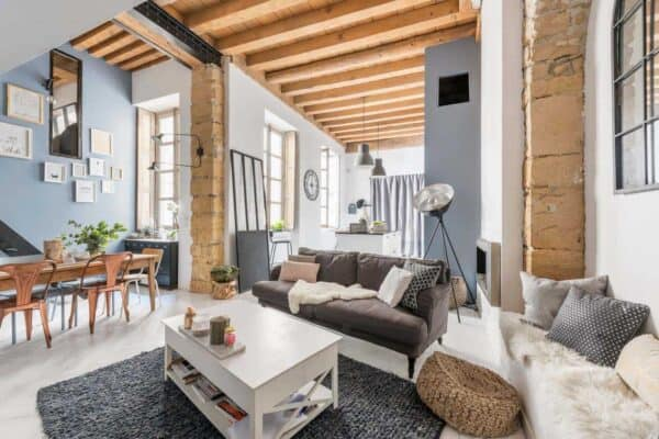featured posts image for Charming loft apartment in France with modern-industrial aesthetic