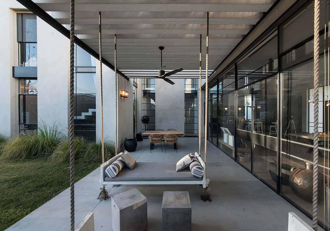 Modern Home Design-Neuman Hayner Architects-07-1 Kindesign