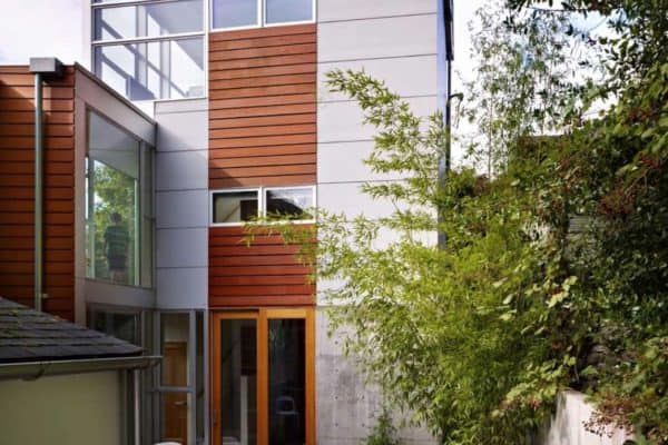 featured posts image for Striking three-story modern dwelling in Seattle with a rooftop deck