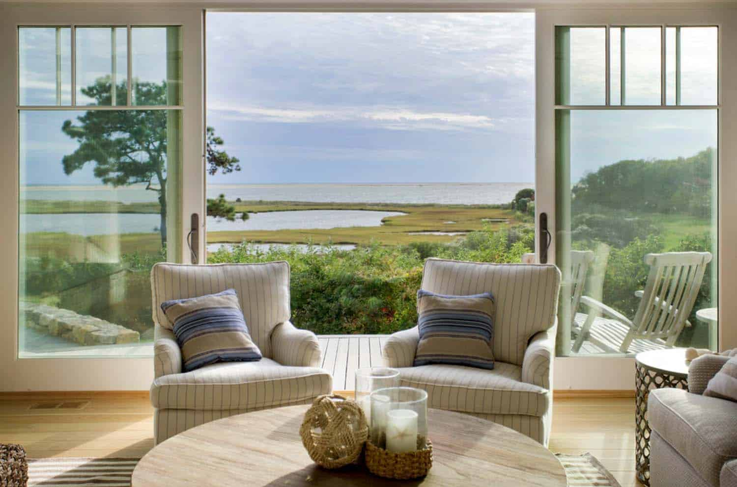 Beach House-Marthas Vineyard Interior Design-05-1 Kindesign