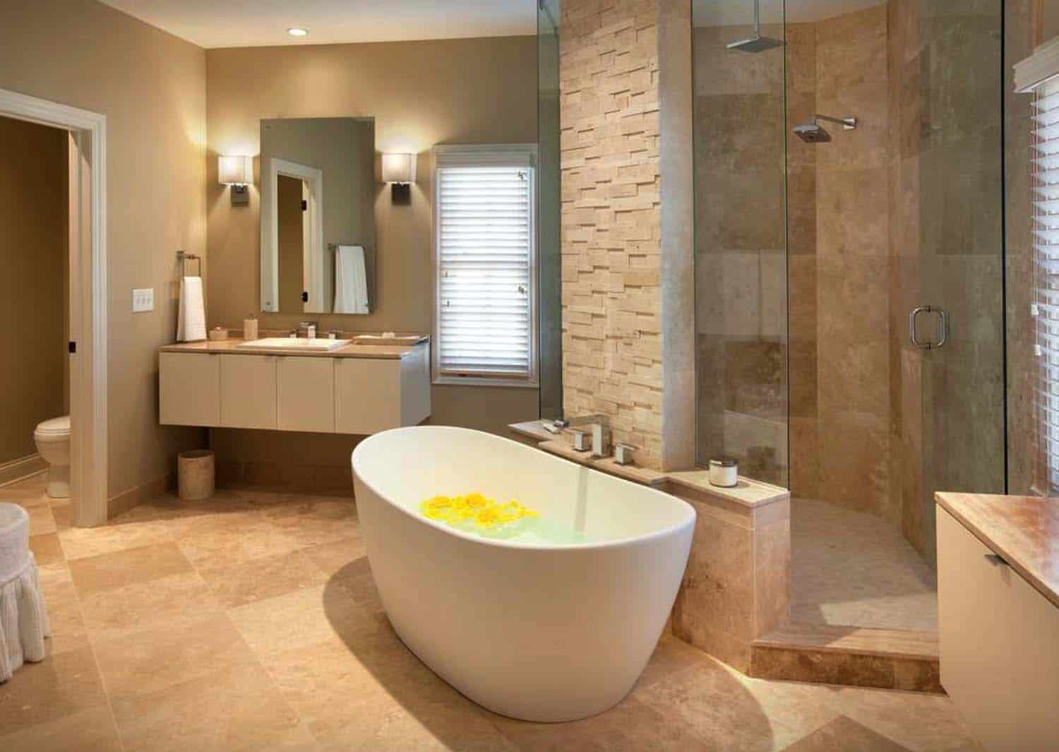 35 fabulous freestanding bathtub ideas for a luxurious soak for Salle de bain 8 m2
