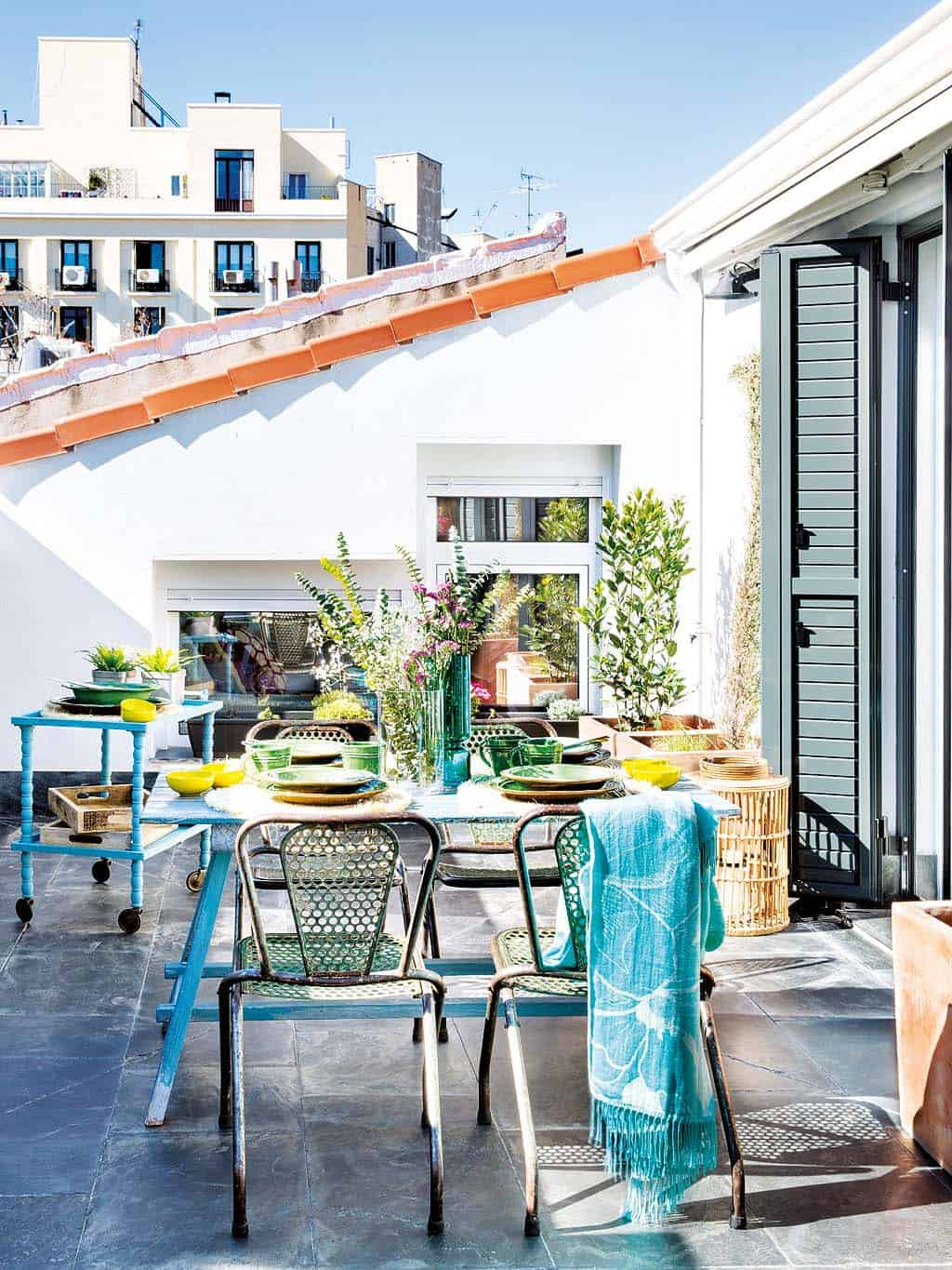 Charming attic gets transformed into an urban treasure in Madrid