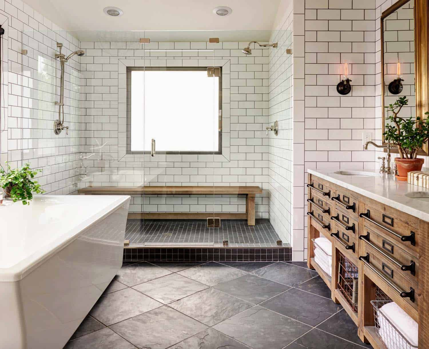21 gorgeous farmhouse style bathrooms you will love - Salle de bain style shabby ...