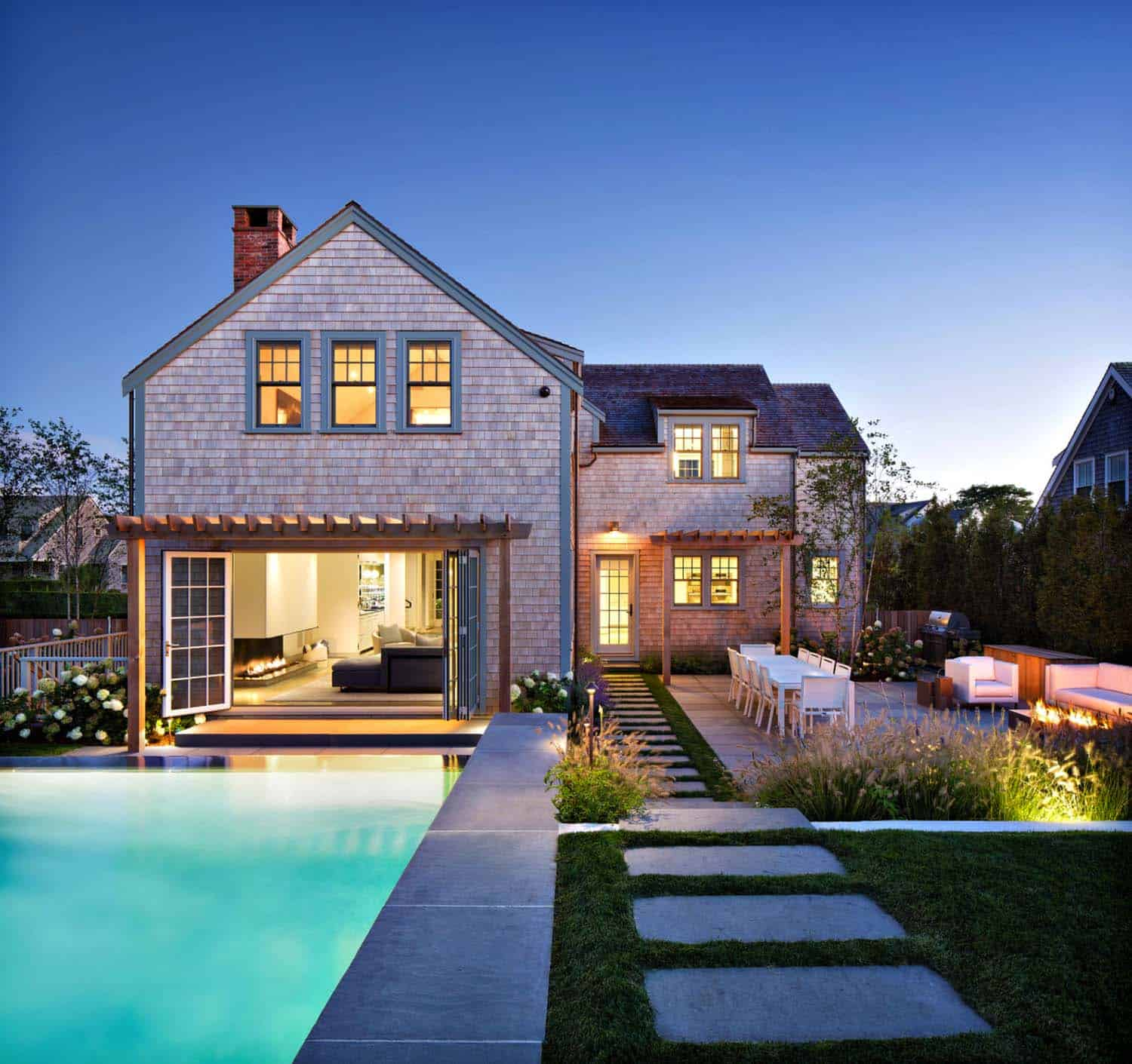 An exquisite modern retreat on the idyllic island of Nantucket
