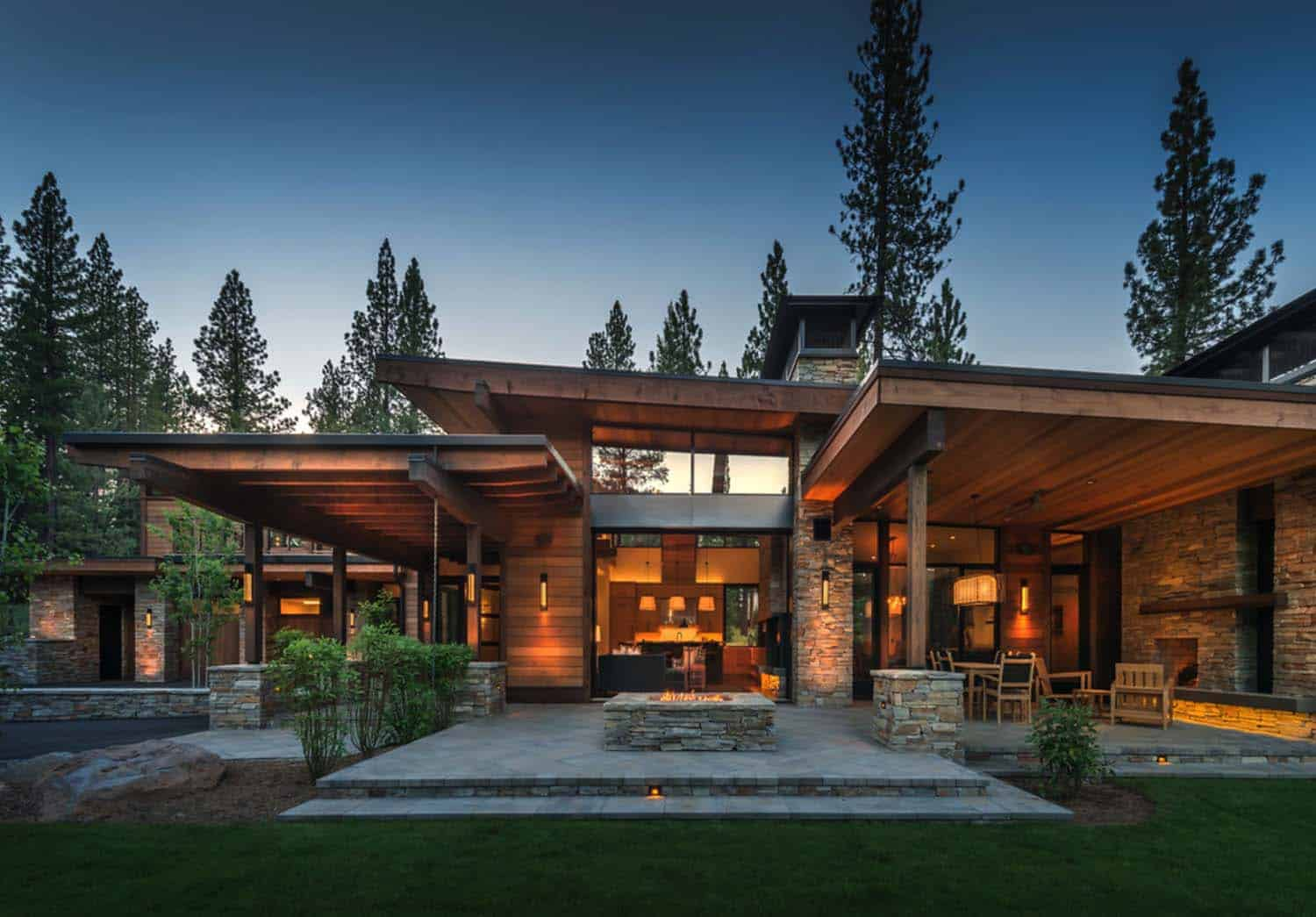 Tiny Home Designs: Mountain Modern Home In Martis Camp With Indoor-outdoor Living