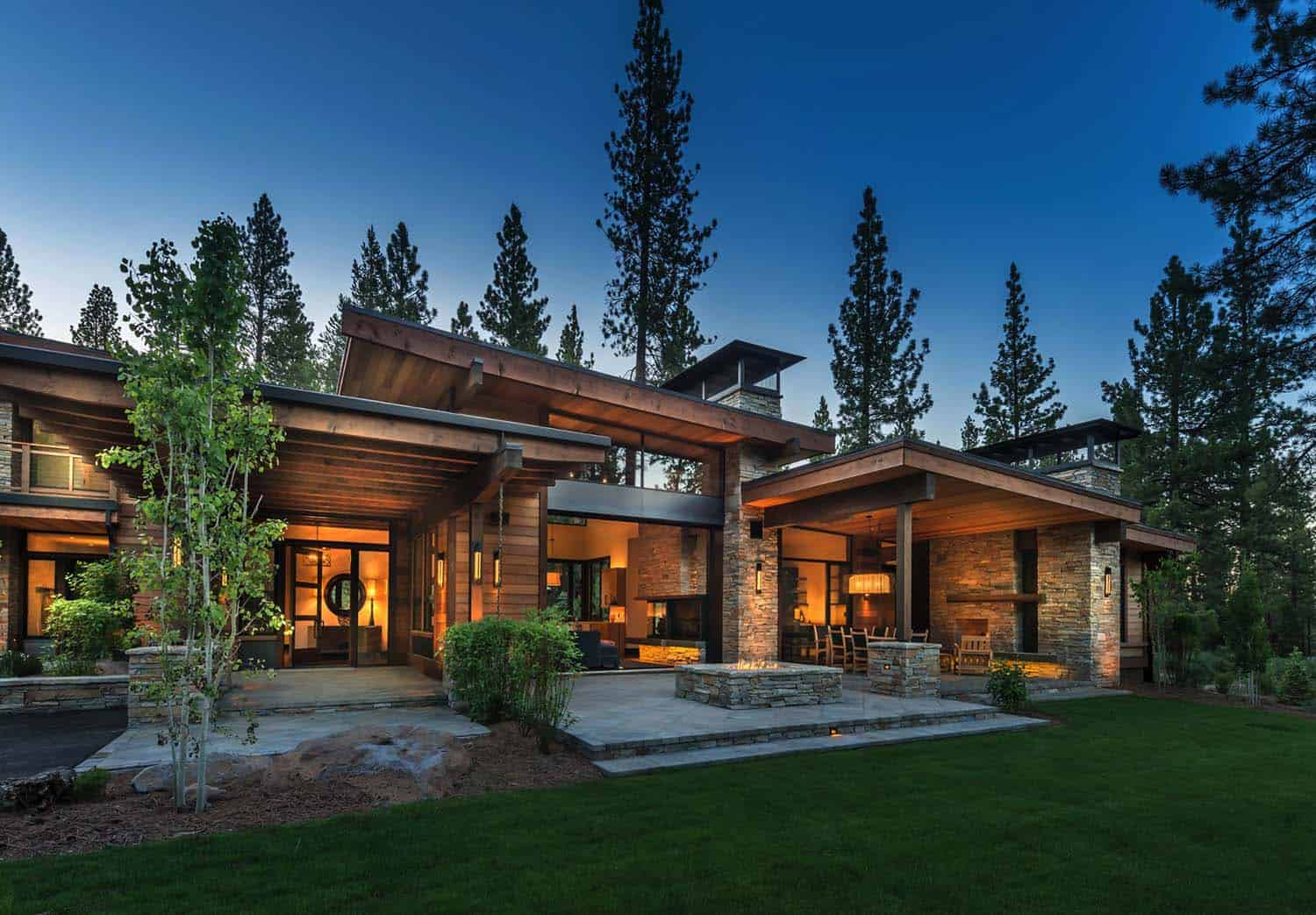 Mountain Modern Home-Ryan Group Architects-02-1 Kindesign