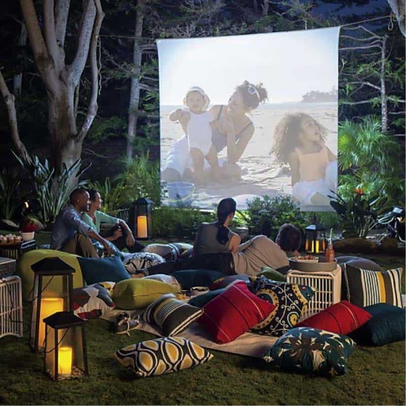 Backyard Movie Theaters-07-1 Kindesign