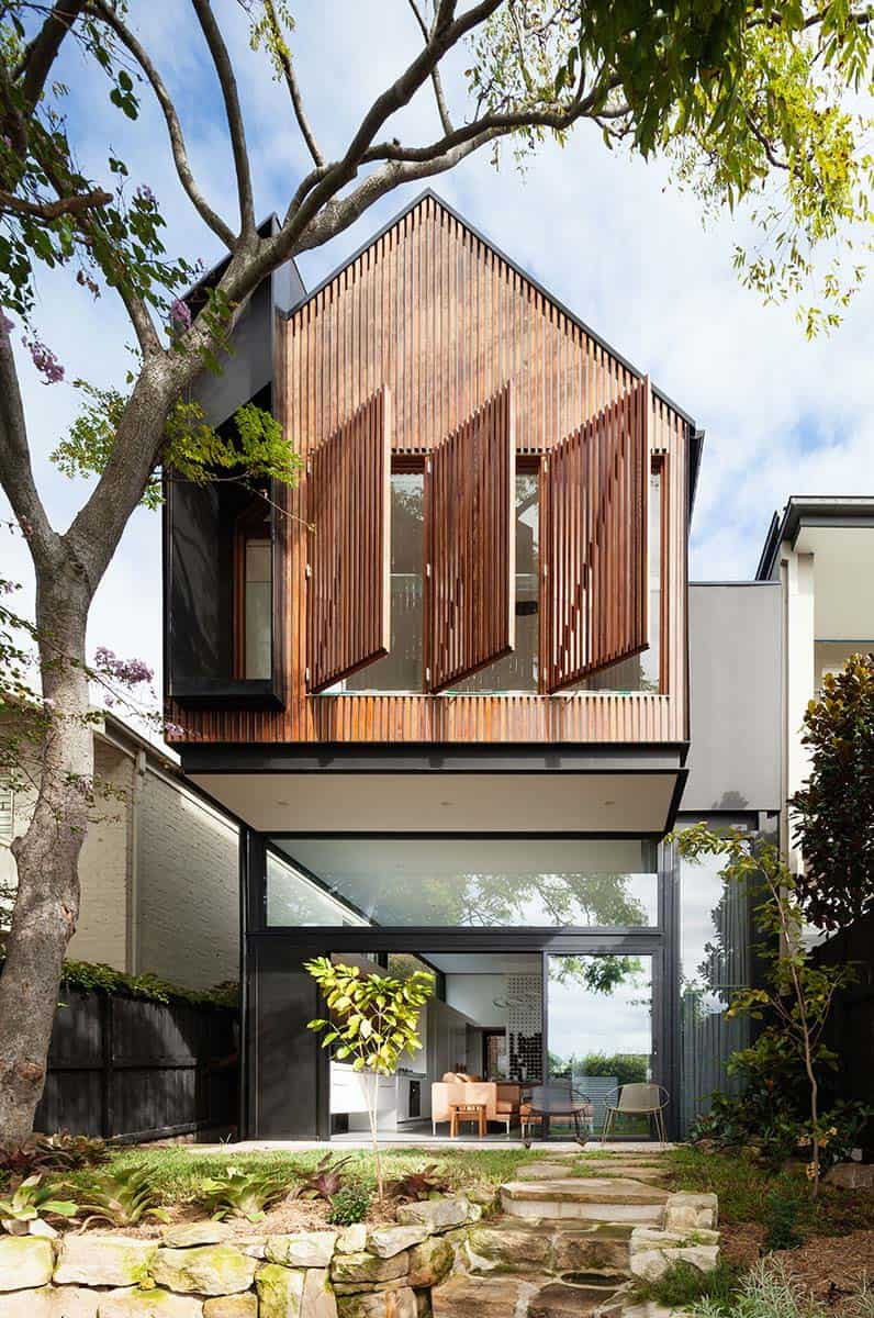Semi Detached Dwelling In Sydney With Sustainable Features